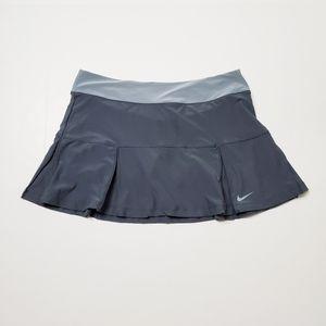 Nike Dri-Fit Four Pleated Tennis Skort Size Large